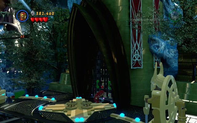 Turn right, destroying all obstacles on your way - Bifrosty Reception - Minikit Sets - LEGO Marvel Super Heroes - Game Guide and Walkthrough